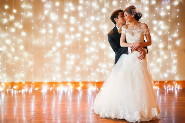diy light wedding backdrops