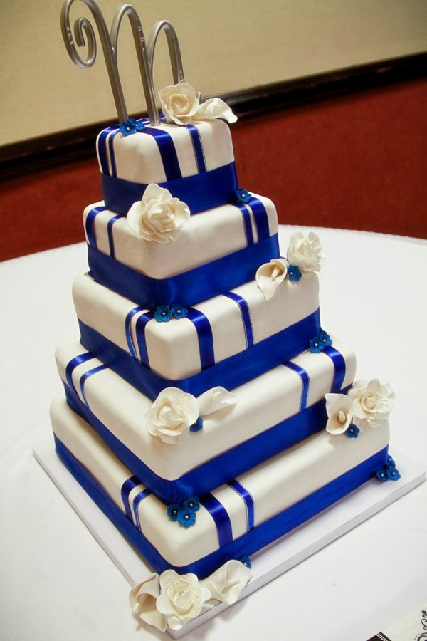Royal blue wedding ideas and wedding invitations royal blue wedding cakes junglespirit Images