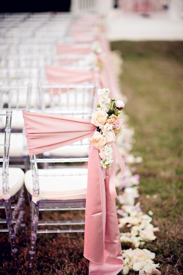 outdoor pink wedding decorations