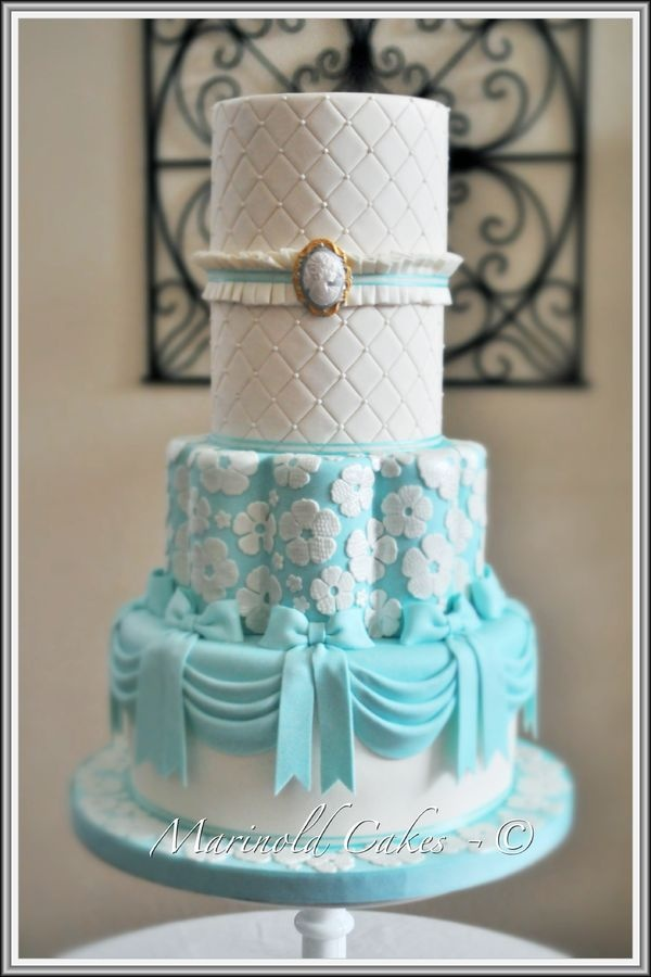 tiffany blue theme wedding cakes