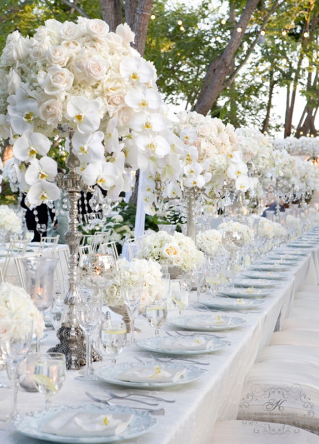 Silver and white creates the perfect modern wedding theme silver and white modern wedding decorations junglespirit Image collections