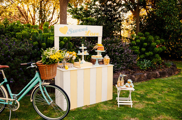 vintage summer yellow and turquoise wedding