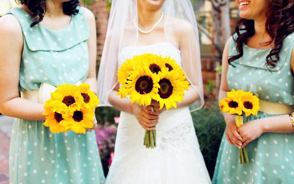 rustic bridesmaid dresses with sunflower