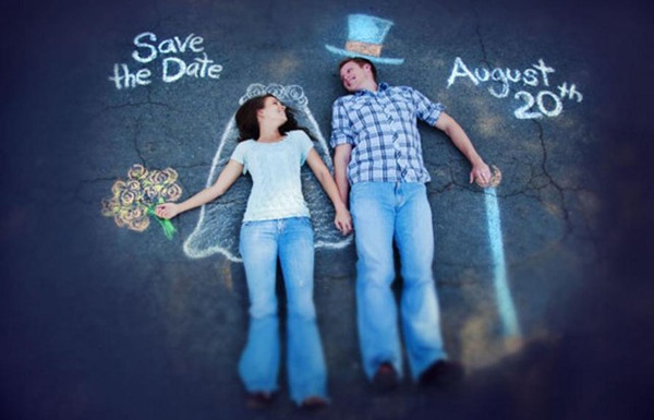 save the date ideas with chalk