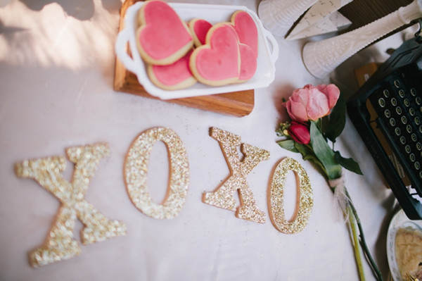 pink and gold vintage valentines day wedding ideas