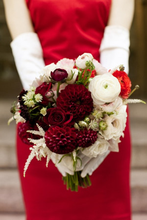 red wedding dresses and bouquets for Christmas themed wedding ideas