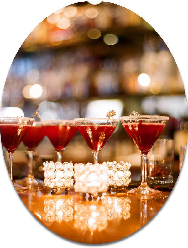 red and champagne wedding drinks ideas for winter 2014