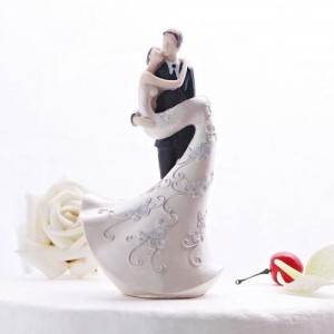 trending wedding cake toppers 6 new wedding cakes trends for 2013 and 2014 weddings 21263