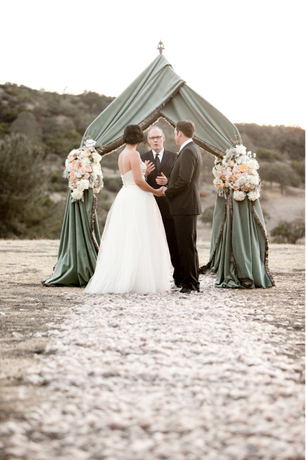 Grayed Jade And Peach Intimate Outdoor Wedding Ideas For 2017