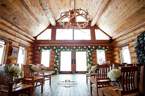 rusitc chic lodge wedding reception ideas for intimate weddings