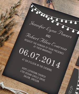 hang-lights-country-rustic-chalkboard-wedding-invitation-cards