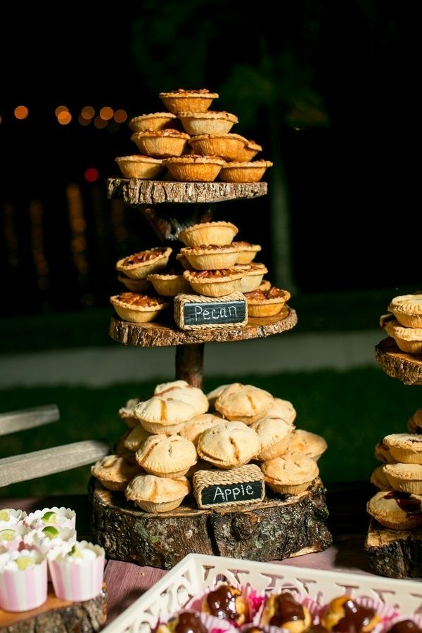 Mini pies fall wedding dessert ideas