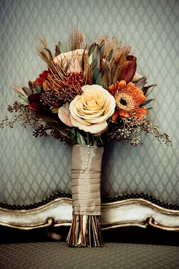 fall wedding bouquet ideas wiht orange and nude colors