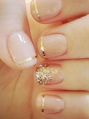 glittering gold feminine wedding nails ideas