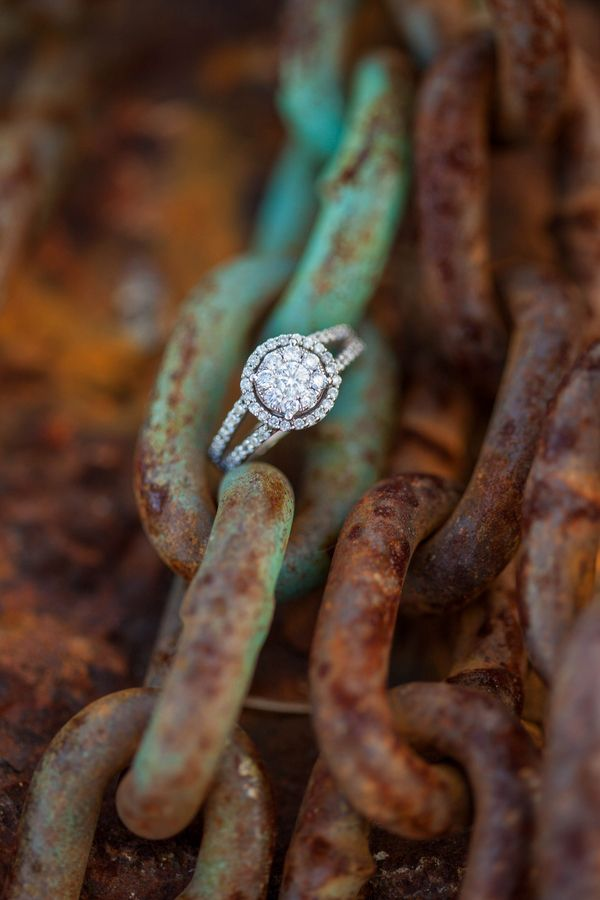 gorgeous diamond round wedding engagement rings