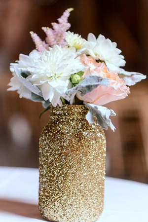 sparkling gold mason jar wedding centerpieces for glittering wedding ideas