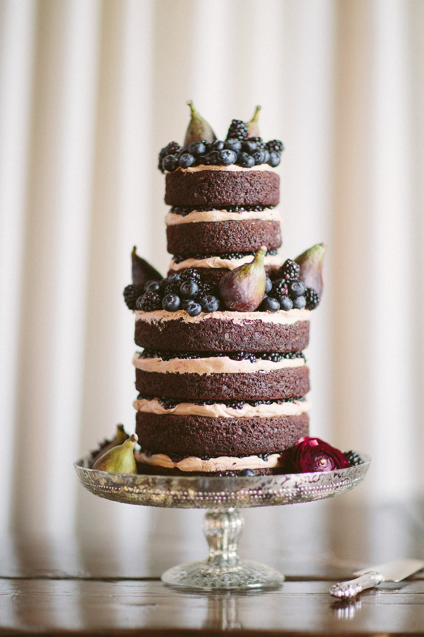 rustic naked wedding cakes for fall weddings