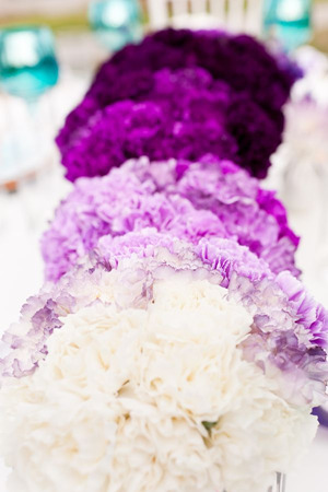 shades of purple wedding centerpieces for ombre wedding ideas