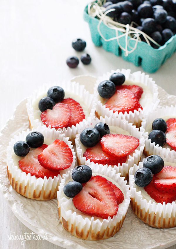 Red, White and Blueberry Cheesecake Yogurt Cupcakes for 4th of July themed weddings