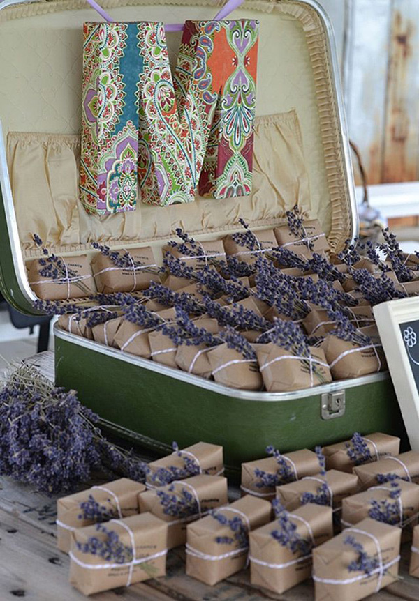 chic rustic lavender wedding favors