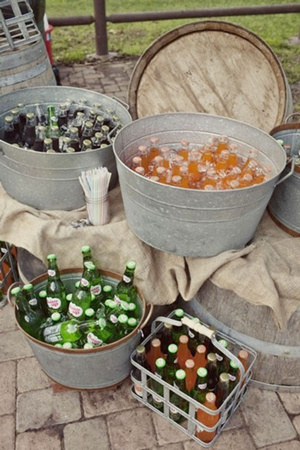 Creative Country Themed Wedding Drink Ideas
