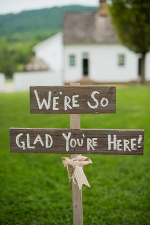 custom wedding welcome sign ideas for country rustic wedding ideas