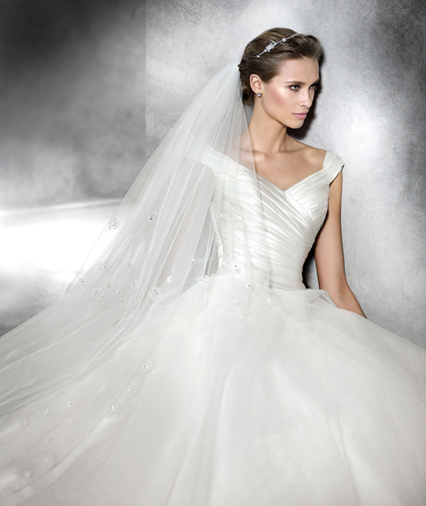 20 Most Perfect Bridal Gowns This Year: Pronovias Wedding Dresses 2016 Collection Part 2