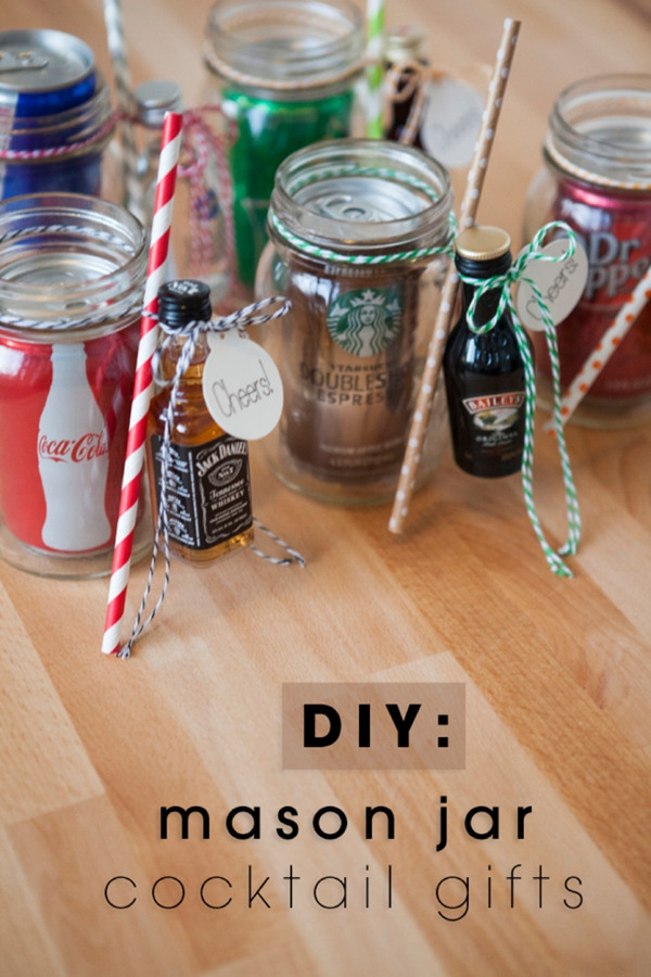 Marvelous DIY Mason Jars Cocktail Gift For Country Rustic Wedding Ideas