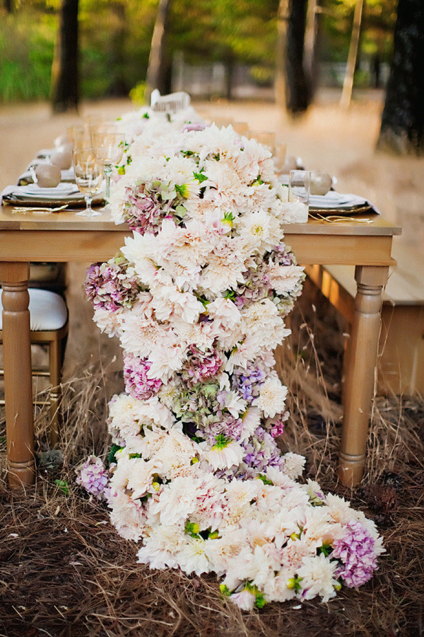 Wedding trends 12 table runners centerpiece decoration ideas chic floral table garland runners for wedding centerpiece decorations junglespirit Images