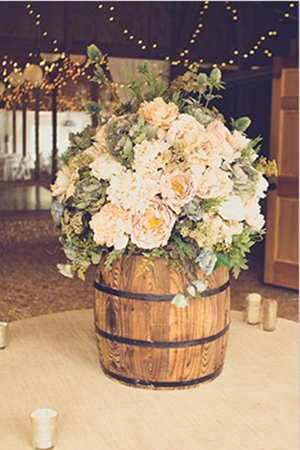 wine barrel country rustic themed wedding ideas