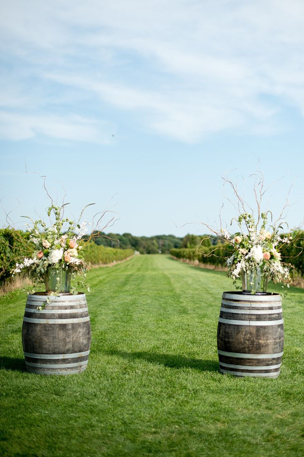 Country wedding ideas 20 ways to use wine barrels wine barrel entrance decorations for country farm vineyard wedding ideas junglespirit Image collections