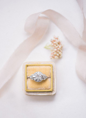antique vintage wedding engagement rings with diamonds