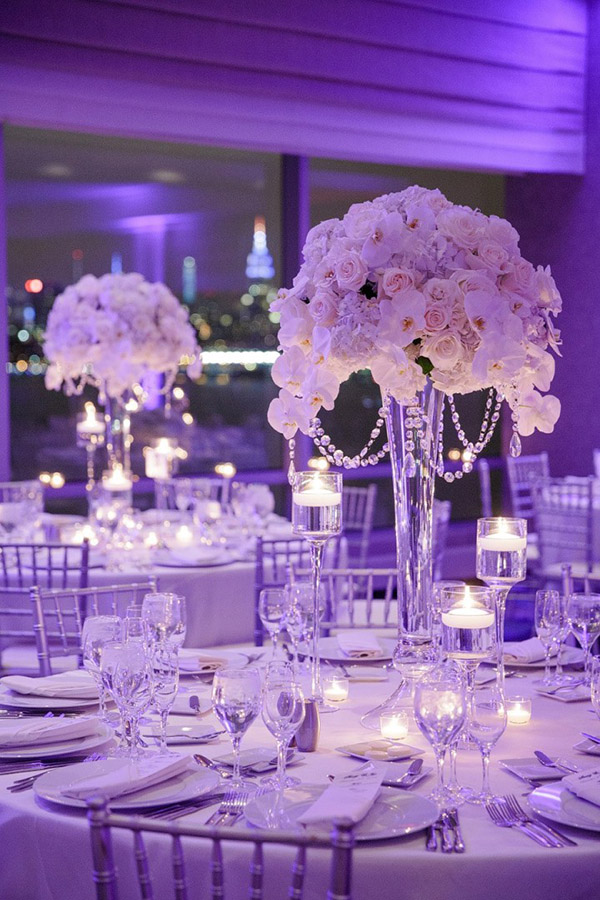 16 stunning floating wedding centerpiece ideas breathtaing wedding reception ideas with candle floating centerpieces junglespirit Images