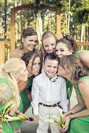 creative wedding photo ideas bridesmaids and ring bearer