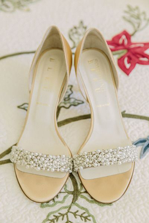 neutral colored wedding sheos with pearls