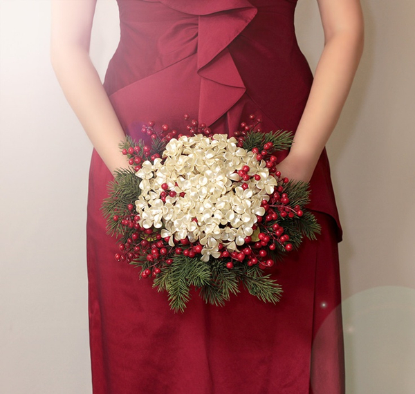 christmas wdding bridal bouquet with pearl flowers