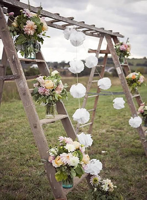 30 eye catching wedding altars for wedding ceremony ideas creative country rustic wedding altar for outdoor wedding ideas junglespirit Images
