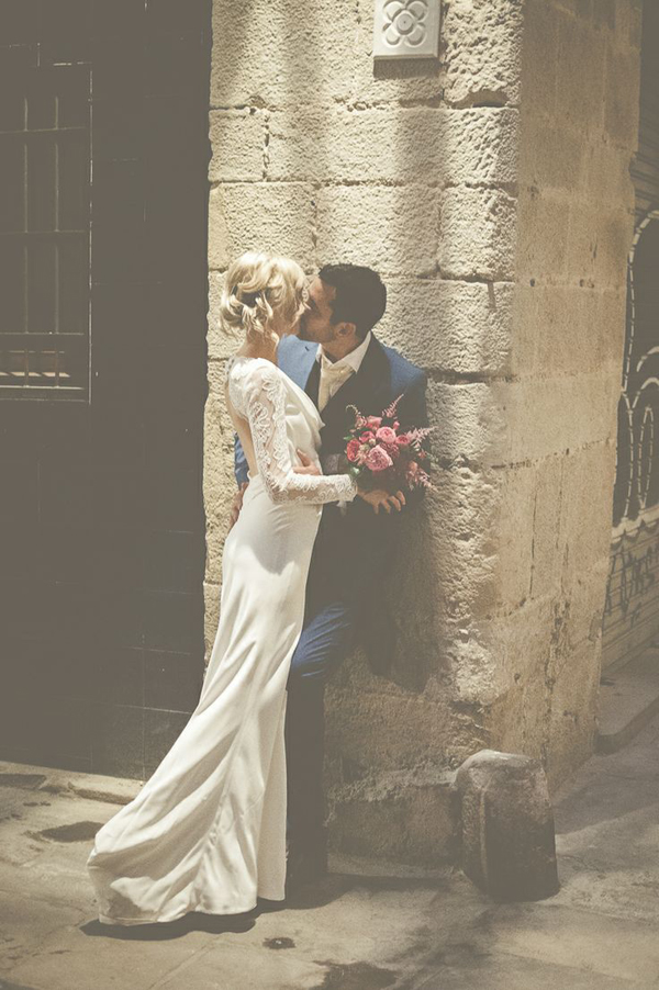 modern wintage wedding  photo inspiration