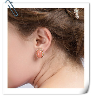 peach-gemstone-gold-plated-bride-earing-stud-EWAER029