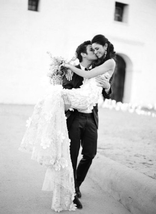 romantic black and white bride and groom photo