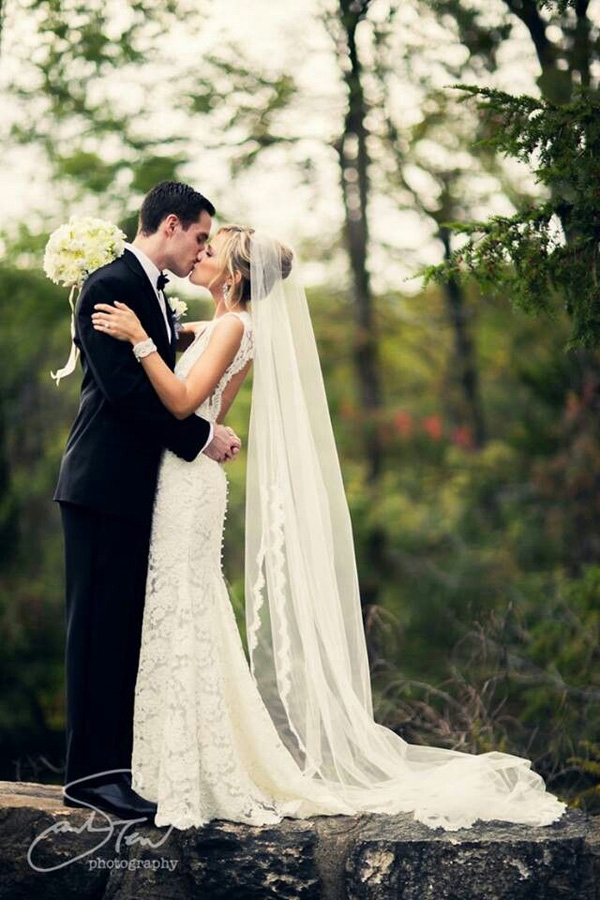 romantic wedding photo in the forest