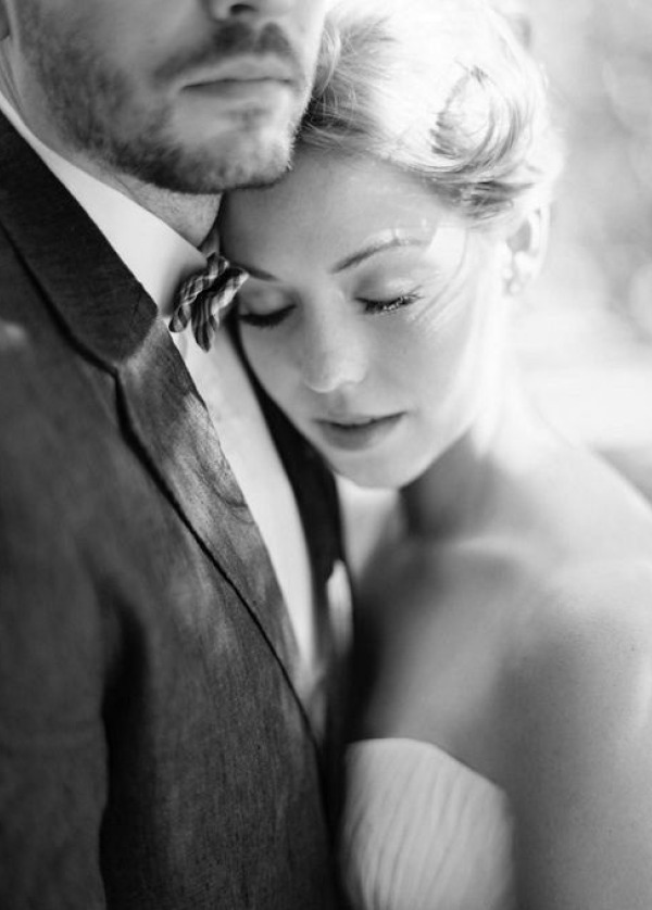 the most romantic wedding photos of couples