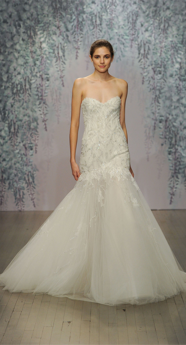 Monique Lhuillier Mermaid Wedding Dress With Sweetheart Neckline And Sparkly Bodice