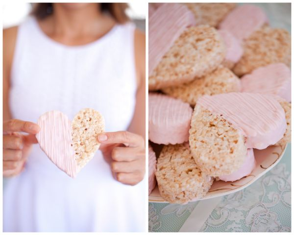 cute heart shaped cookies for vintage pink wedding