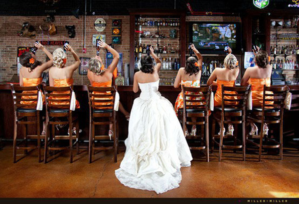 special wedding photo ideas of bridesmaids drinking