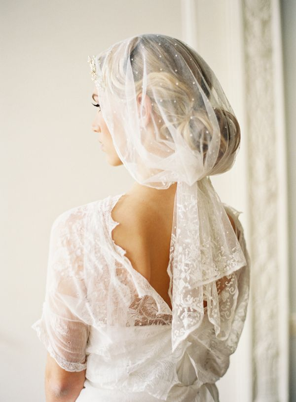 beautiful vintage wedding veils