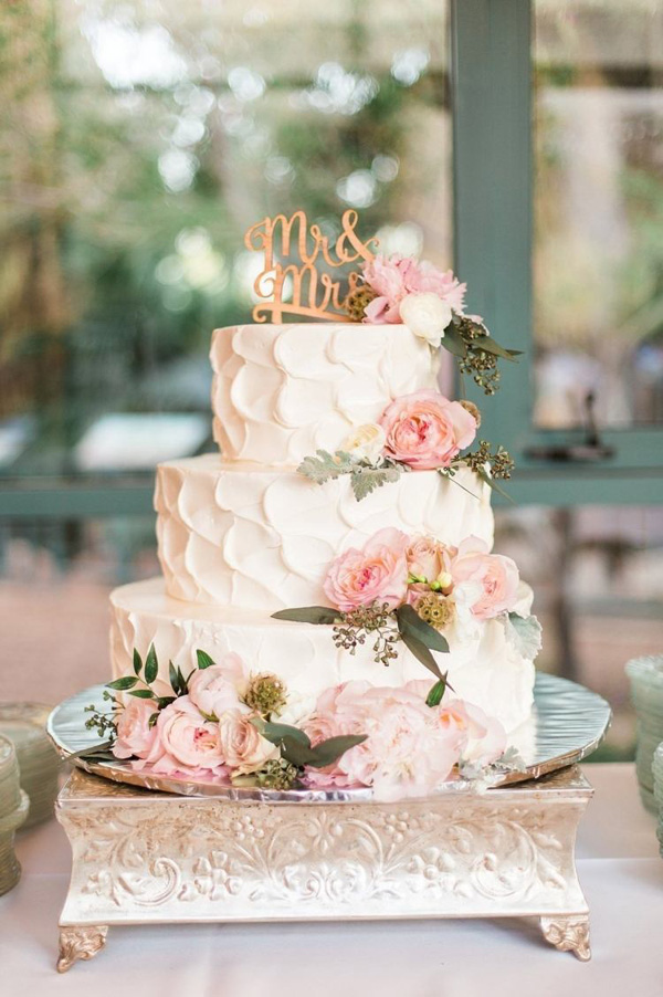 garden vintage pink wedding cakes with cake toppers