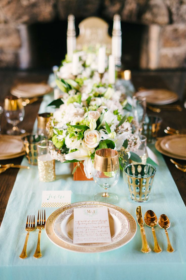 gold and mint winter wedding inspiration