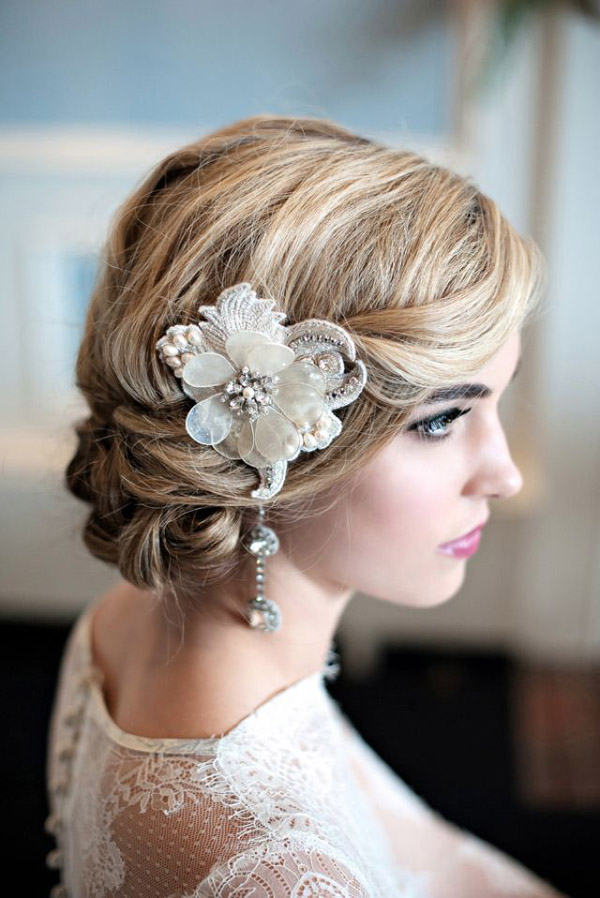 gorgeous bridal hair styles and pretty lace hairpiece