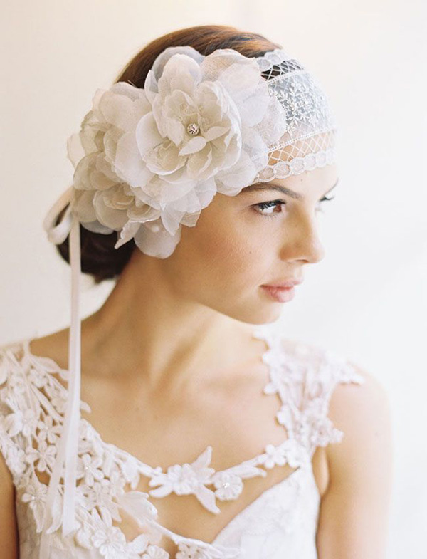 lace and floral hairpiece for vintage weddings
